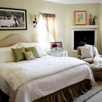 Beautiful Bed Cover Small Master Bedroom Decor Design Ideas