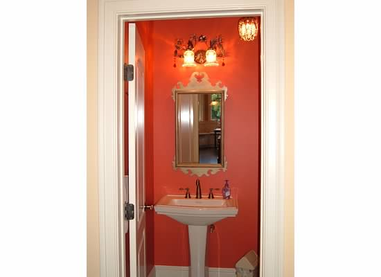 Best Paint Color For Small Bathroom Bathrooms Forum Gardenweb