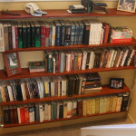 Build Wall Mounted Bookshelf