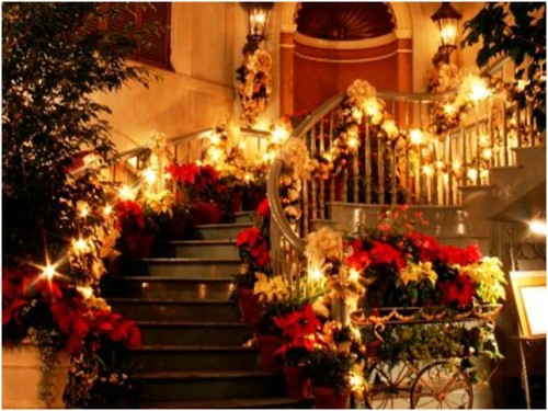 Christmas Decoration For Stairs Beautiful Decorated