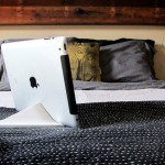 Cool Things Facet Pyramid Ipad Stand Insight