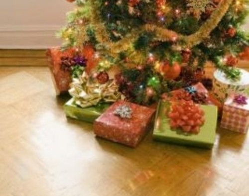 Decorating For Christmas Party Can Relatively Easy And