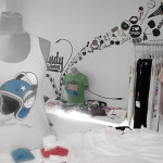 Decorative Walls Special Creative And Illustrative Wall Mirror