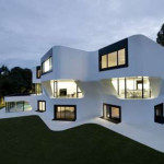 Features When Building Modern Style Houses Home Design Gallery