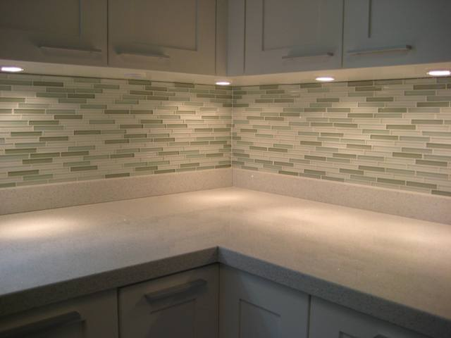 Glass Kitchen Backsplash Tile