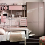 How Decorate Small Bedrooms Pink Wall