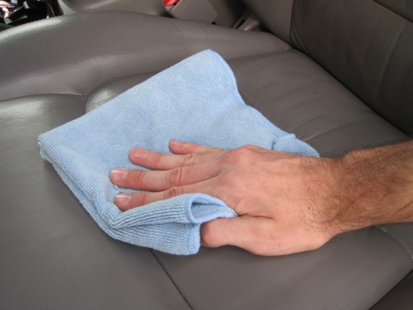 How Use Pinnacle Leather Cleaner Conditioner Speedonline