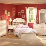 Ideas For Decorating Girls Room And Mirror