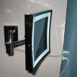 Lighted Magnifying Mirrors For Hotels And Private Bathrooms
