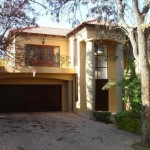 Luxury Tree Filled Property Set House For Sale