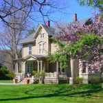 More Modern Example The Victorian Style This Home Still Displays