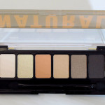 Most Shades Don Have Very Good Pigmentation Dry Crumbly Texture