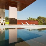 Natural And Comfy Sunset Plaza Residence David Thompson