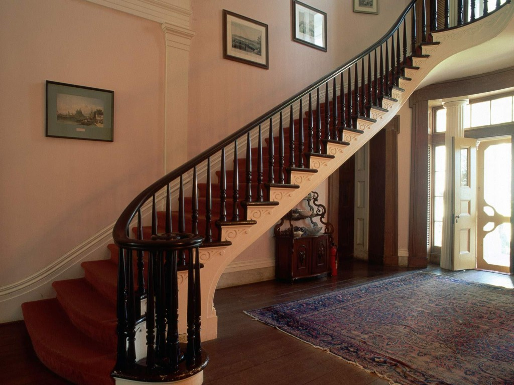 New Beautiful Wooden Staircase Design Collection