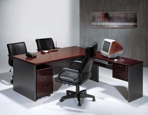 Purchasing Futuristic Office Furniture Desks