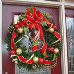 Red And Green Wreath Christmas Decorating Ideas