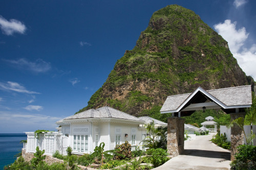 Retreat Exhibiting Alluring Traditional Design Saint Lucia