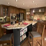 Small Classic Kitchen Islands Seating Ideas