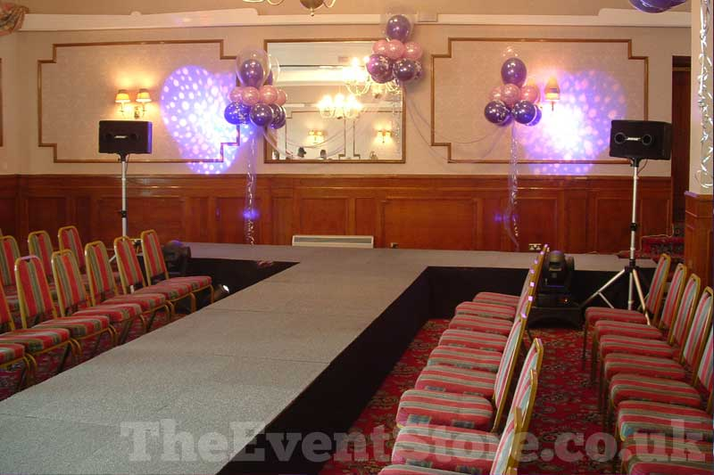 Staging Hire Birmingham Wolverhampton And The Midlands Event Store