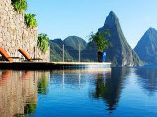 The Beautiful Architecture Jade Mountain Infinity Pool