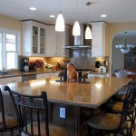 Traditional Kitchen Island Seating Design