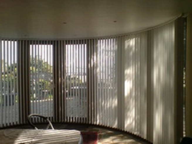 Vertical Blinds Bow Windows Window Treatments For
