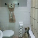 Very Small But Cute Works For Bathrooms Design