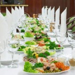 White Party Dinner Table Setting Ideas