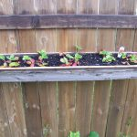 Diy Hanging Reclaimed Wood Planter Boxes Using Recycled Chains Fence