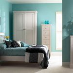 Good Color Combination Interior Bedroom Theme White Blue Sun Flowers