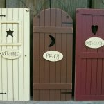 Set Primitive Country Outhouse Door Signs Welcome Privy Bathroom Wall Decor
