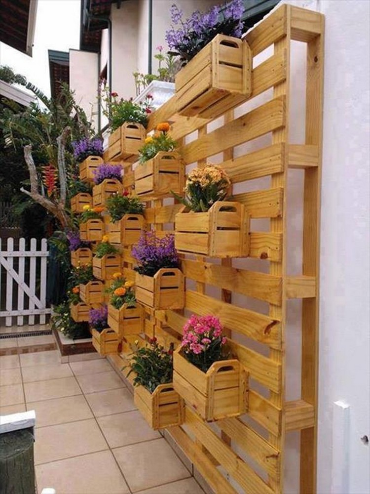 Things Build Pallets