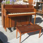 Uhuru Furniture Collectibles Sold Kimball Console